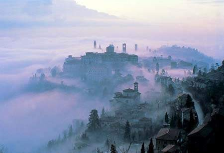Bergamo_nebbia.jpg